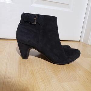 SAM EDELMAN black suede booties, size 8
